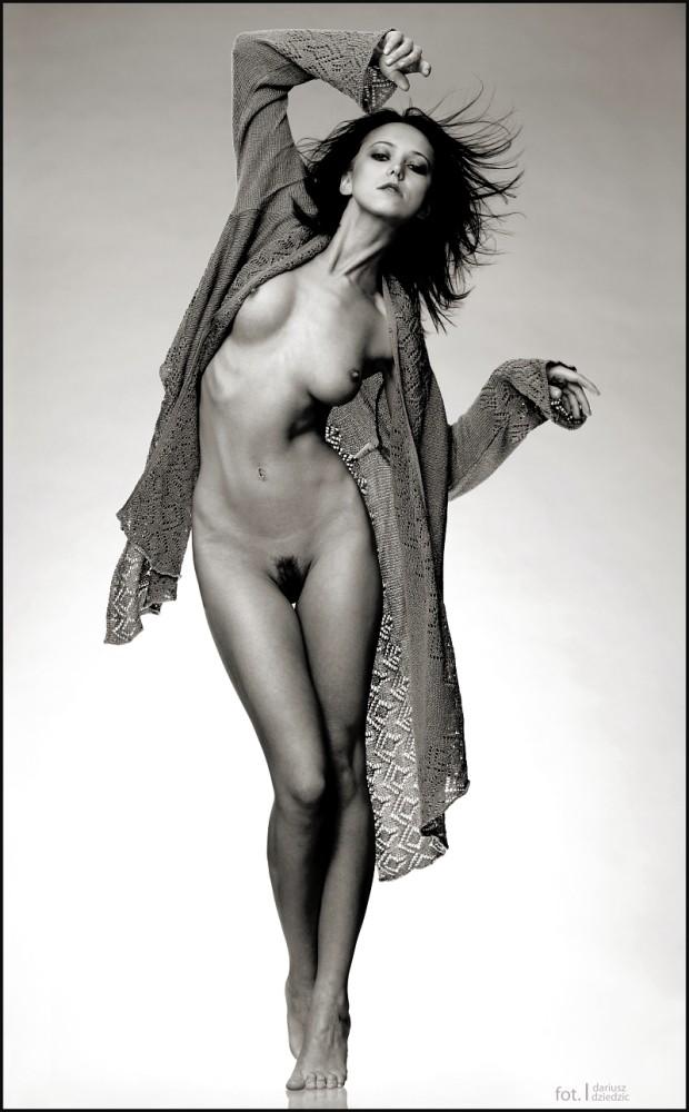 Artistic Nude Photo by Photographer DariuszDziedzic