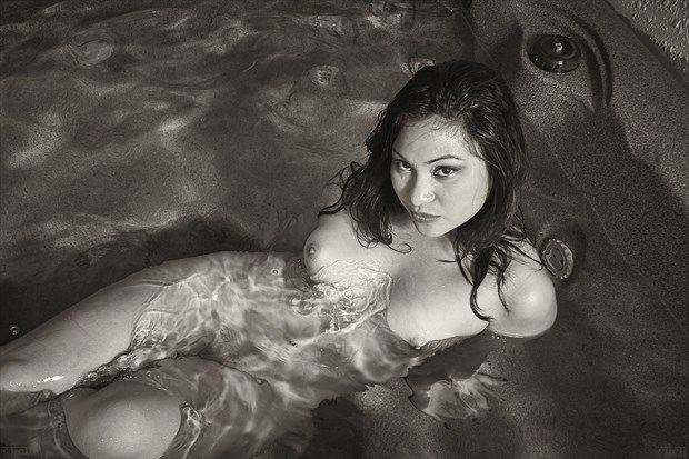 Artistic Nude Photo by Photographer Edward Maesen