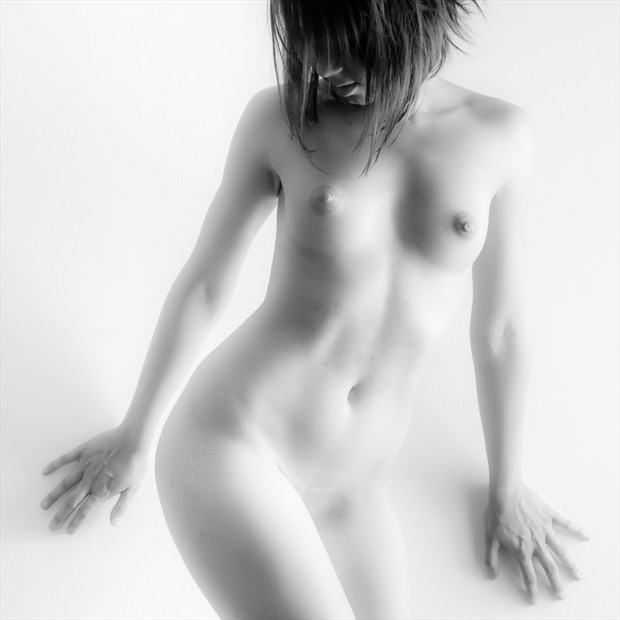 Artistic Nude Photo by Photographer Fabian Gabor