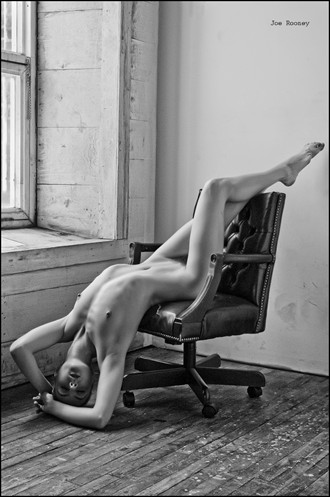 Artistic Nude Photo by Photographer JLRImages