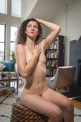 Artistic Nude Photo by Photographer Juan Mariaca