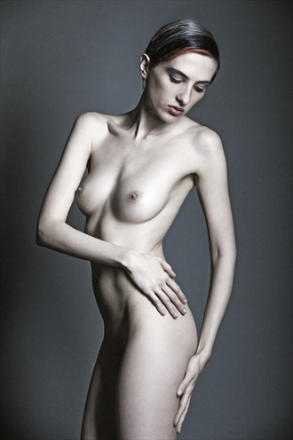 Artistic Nude Photo by Photographer Julian Holtom