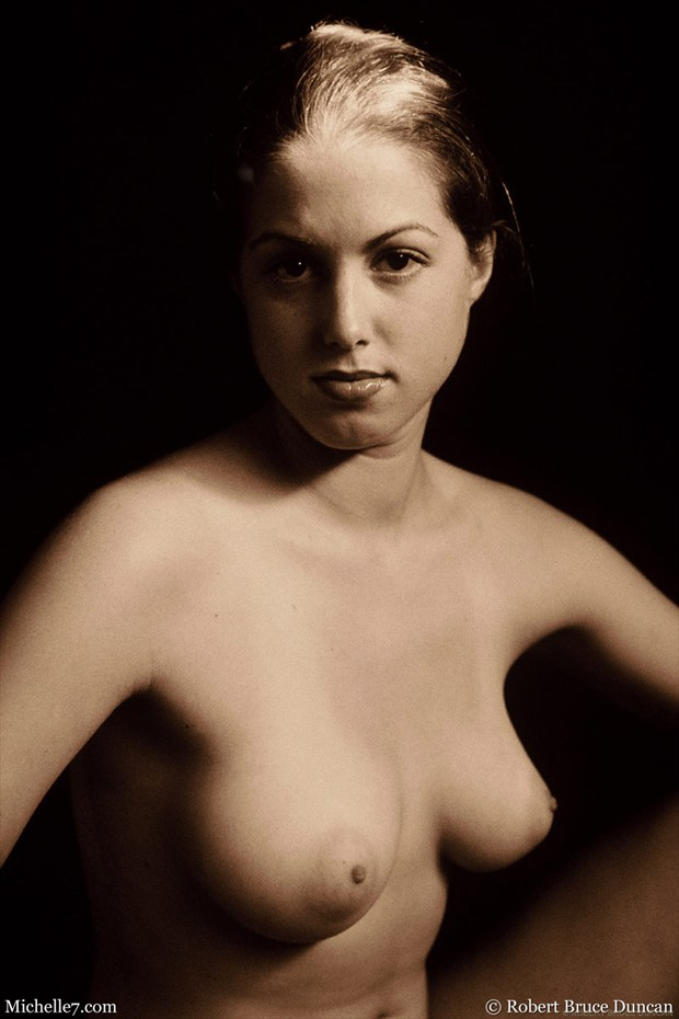 Artistic Nude Photo by Photographer Michelle7.com