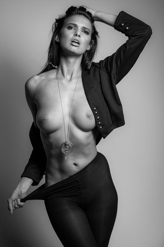 Artistic Nude Photo by Photographer ORJ