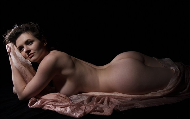 Artistic Nude Photo by Photographer RFimages
