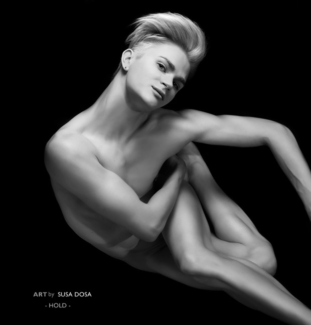 Artistic Nude Photo by Photographer Susa Dosa