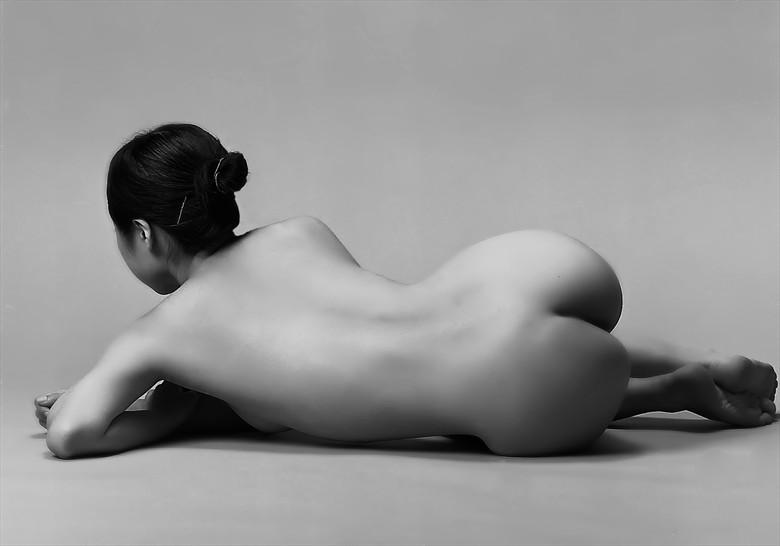 Artistic Nude Photo by Photographer Tadashi
