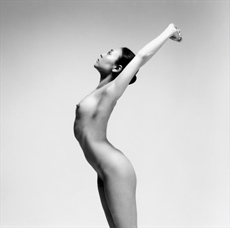 Artistic Nude Photo by Photographer Tadashi