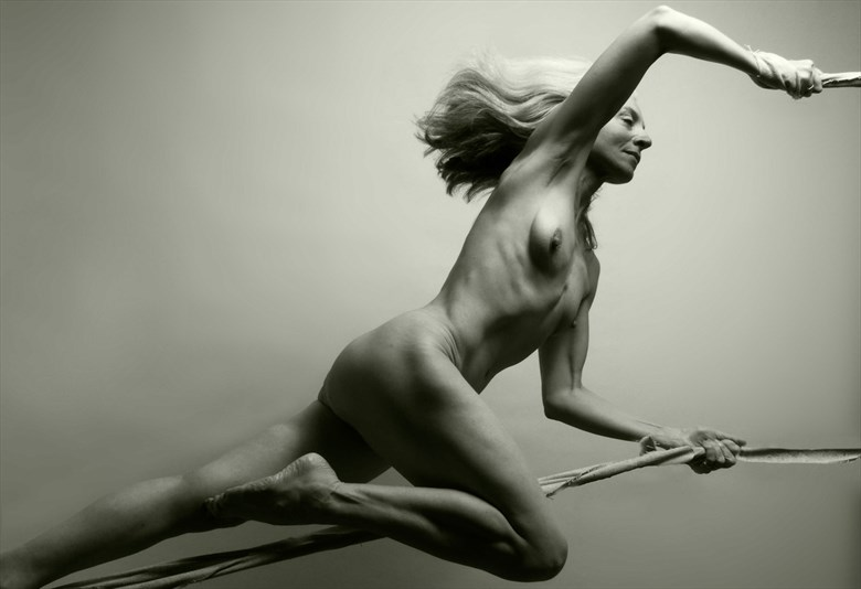 Artistic Nude Photo by Photographer Terry Slater