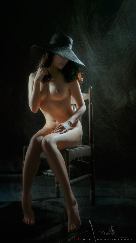 Artistic Nude Photo by Photographer Trinh Xuan Hai
