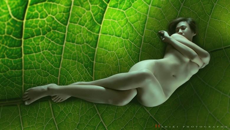 Artistic Nude Photo by Photographer Trinh Xuan Hai
