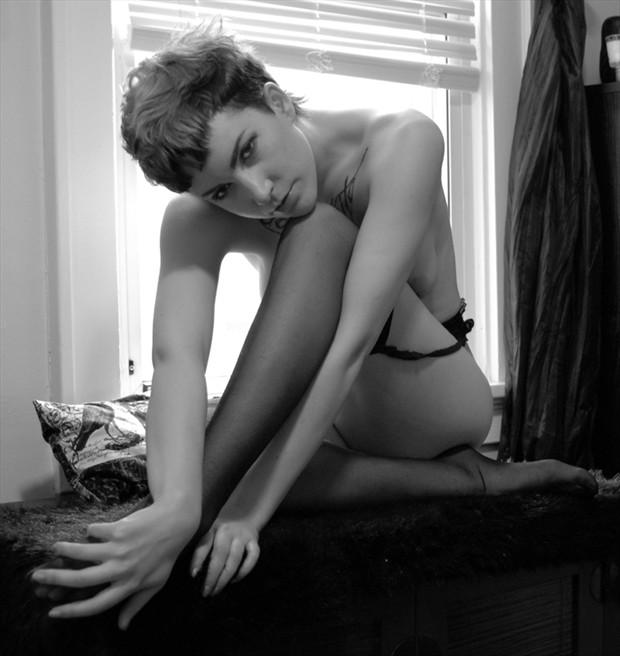 Artistic Nude Photo by Photographer Vahid Naziri