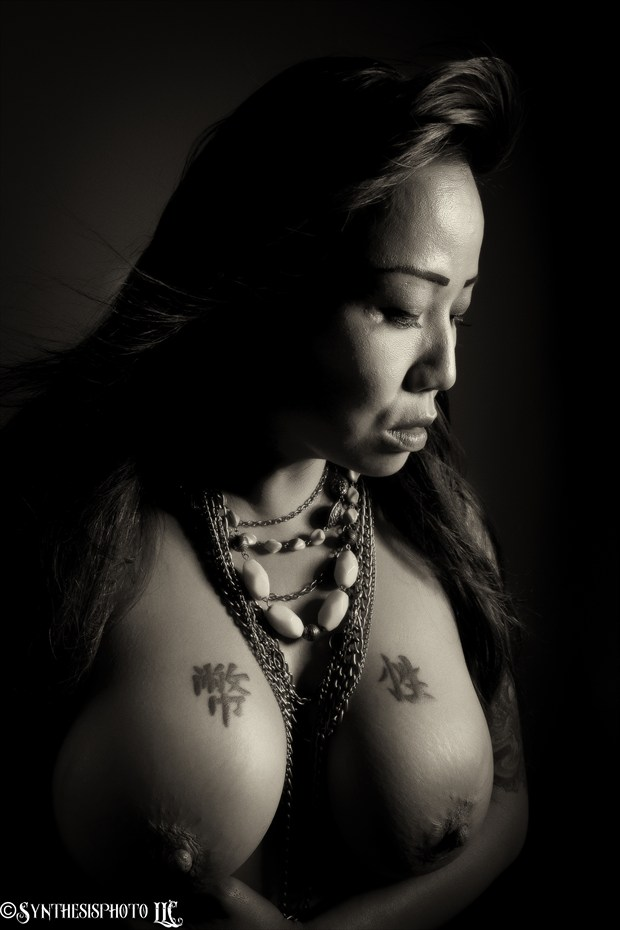 Artistic Nude Portrait Photo by Photographer Art of Syn