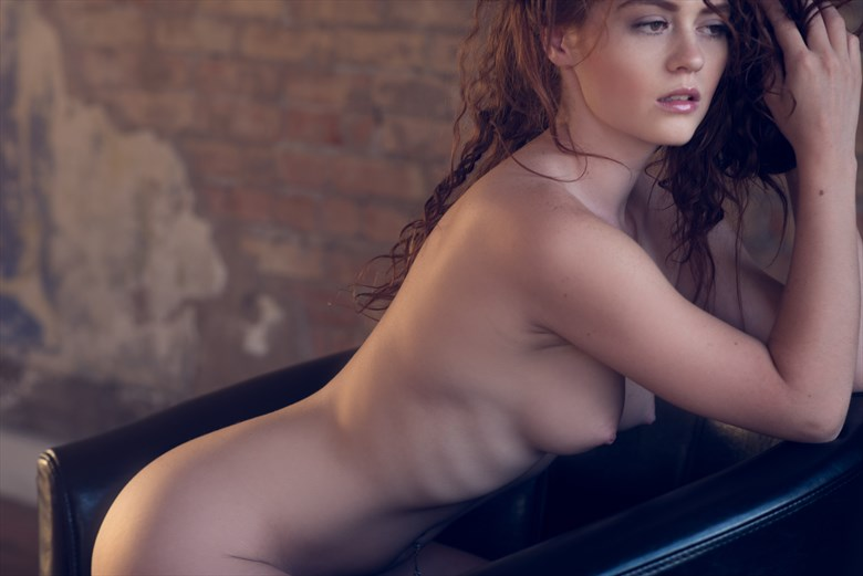 Artistic Nude Sensual Photo by Model Allie Summers