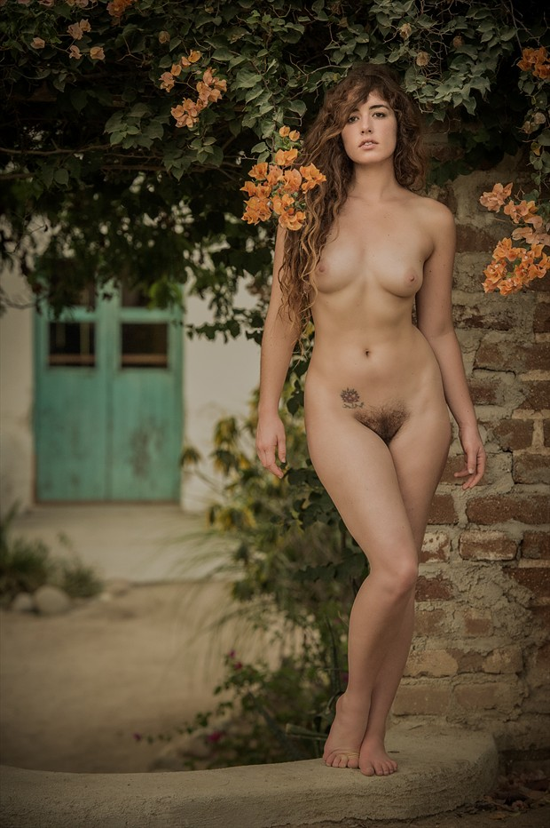 Artistic Nude Sensual Photo by Photographer CamAttree