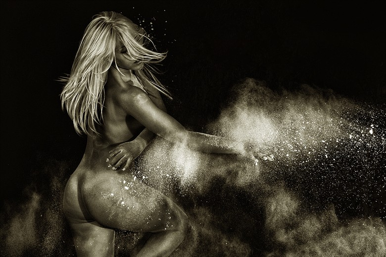 Artistic Nude Sensual Photo by Photographer Don McCrae