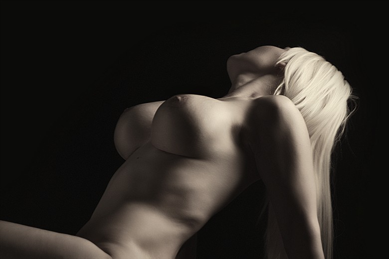 Artistic Nude Sensual Photo by Photographer Jet