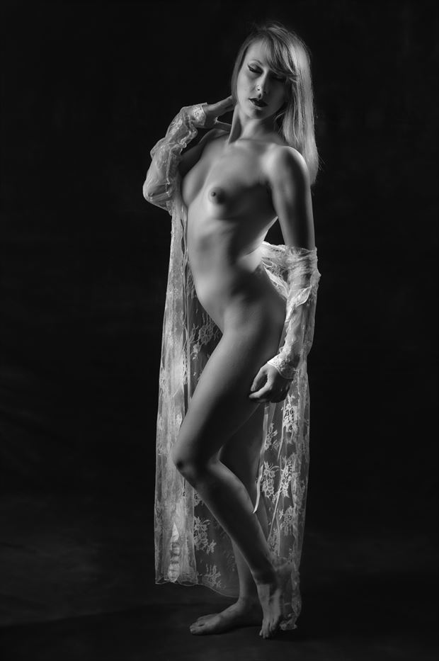 Artistic Nude Sensual Photo by Photographer Paul Anders