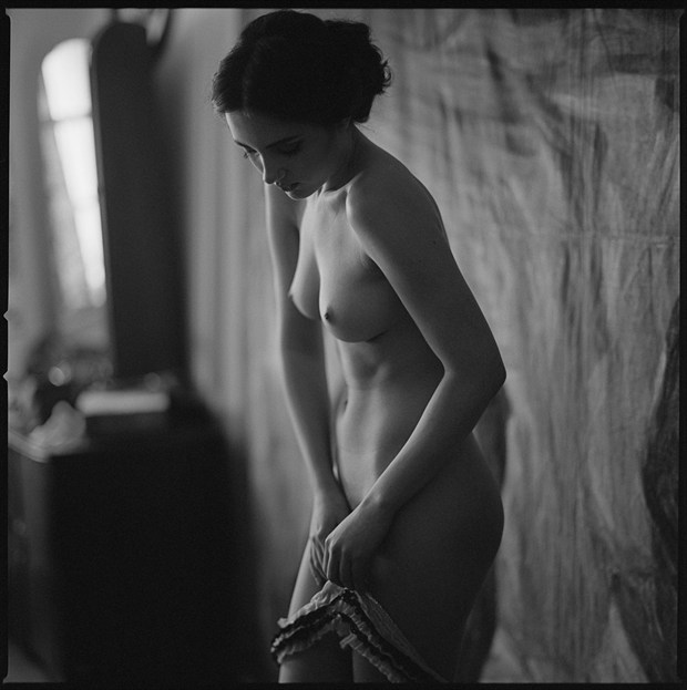 Artistic Nude Sensual Photo by Photographer Radoslaw Pujan