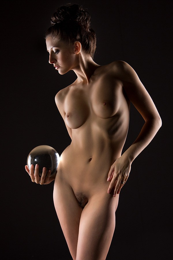 Artistic Nude Studio Lighting Photo by Model Chiara Elisabetta