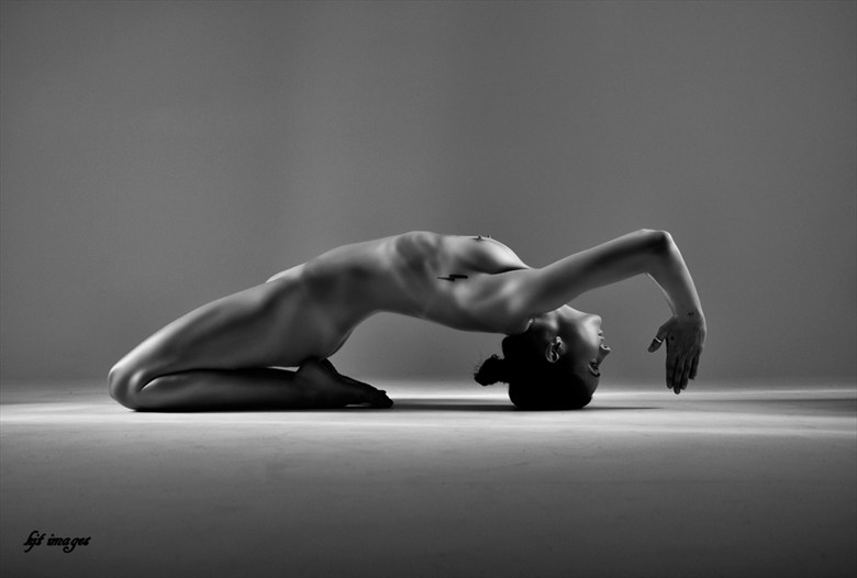 Artistic Nude Studio Lighting Photo by Model DancingWithTheLight