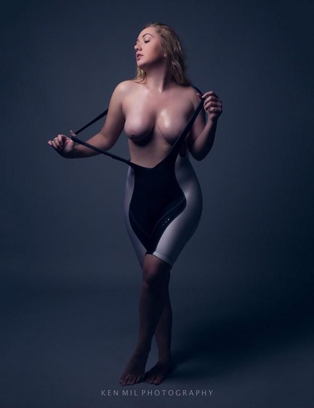 Artistic Nude Studio Lighting Photo by Model Lil'Guacamole