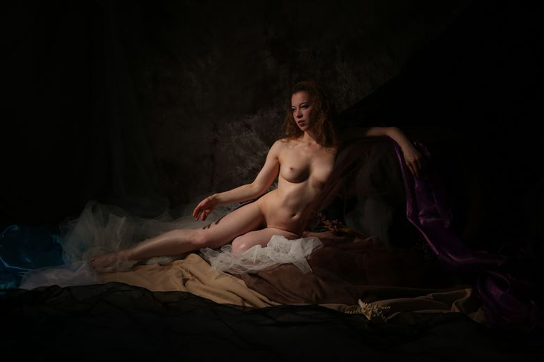 Artistic Nude Studio Lighting Photo by Model Lorelai
