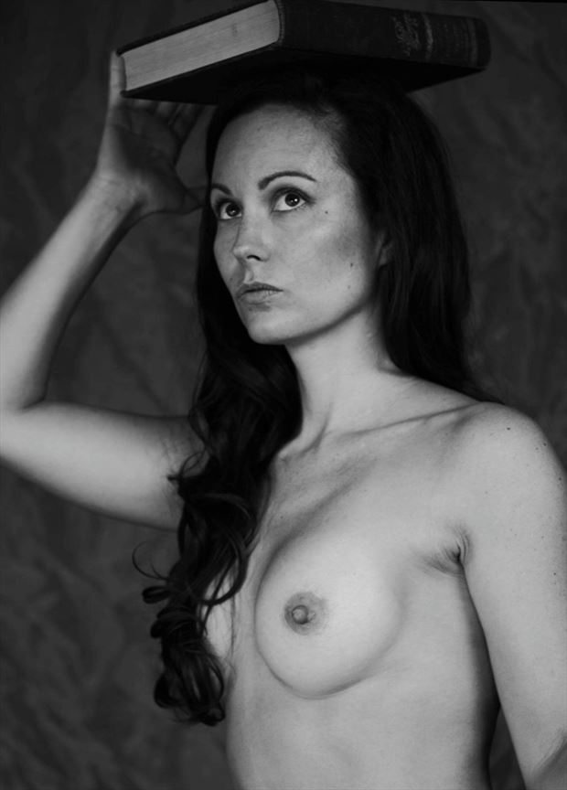 Artistic Nude Studio Lighting Photo by Model Muse_du_Monde