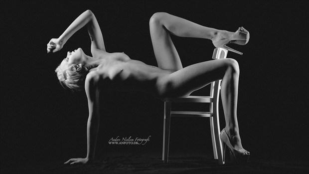 Artistic Nude Studio Lighting Photo by Photographer Anders Nielsen