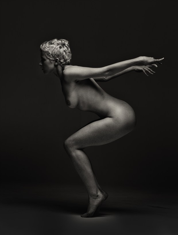 Artistic Nude Studio Lighting Photo by Photographer Dare Images