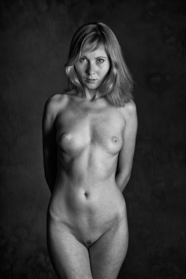 Artistic Nude Studio Lighting Photo by Photographer Domingo Medina