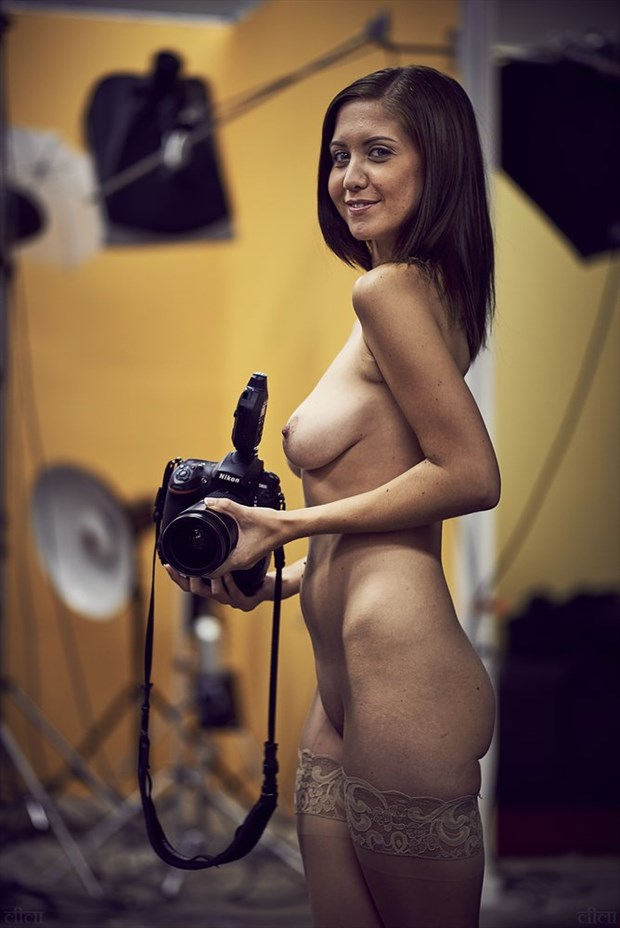 Artistic Nude Studio Lighting Photo by Photographer Edward Maesen