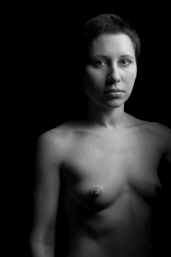 Artistic Nude Studio Lighting Photo by Photographer Eric Frazer