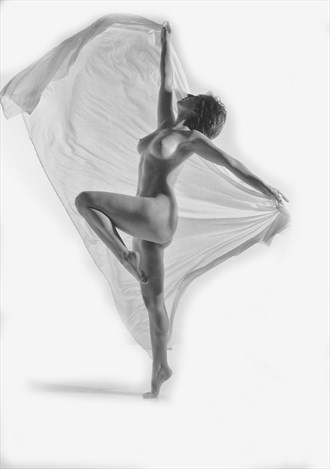 Artistic Nude Studio Lighting Photo by Photographer KHolmes