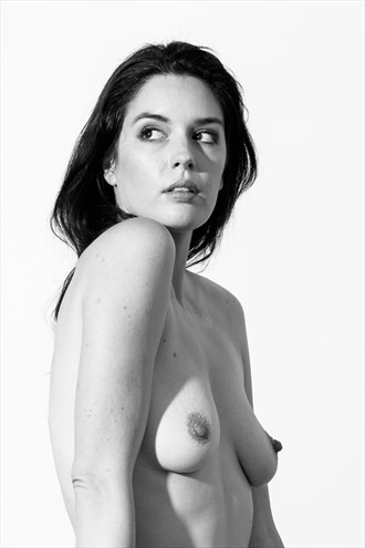 Artistic Nude Studio Lighting Photo by Photographer Kevin S