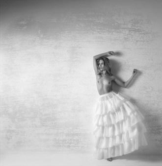 Artistic Nude Studio Lighting Photo by Photographer MIchael Pannier