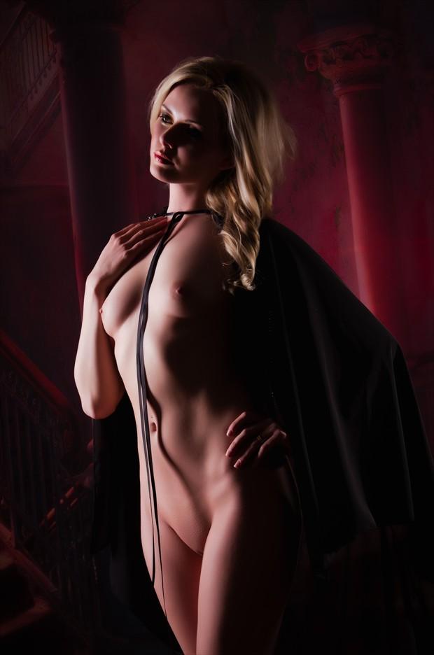 Artistic Nude Studio Lighting Photo by Photographer Malurwin