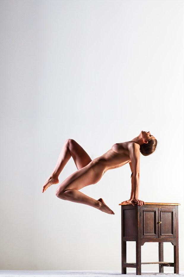 Artistic Nude Studio Lighting Photo by Photographer MelPettit