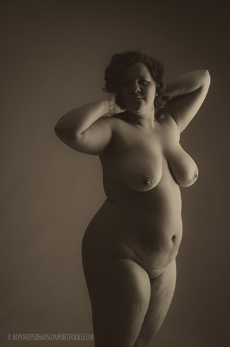 Artistic Nude Studio Lighting Photo by Photographer R Persson