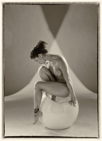 Artistic Nude Studio Lighting Photo by Photographer SargentPhotography