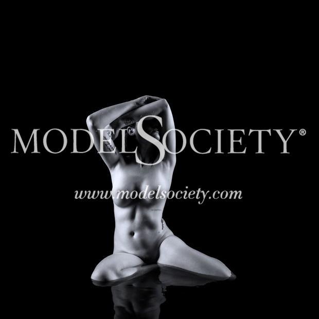 Artistic Nude Studio Lighting Photo by Photographer darksideofthelens