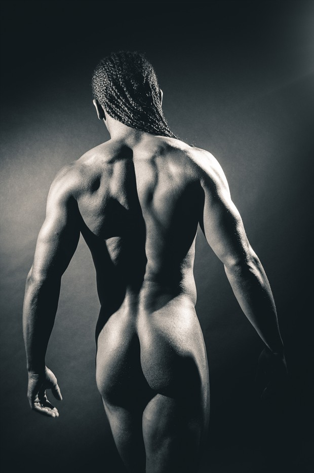 Artistic Nude Studio Lighting Photo by Photographer emciphoto
