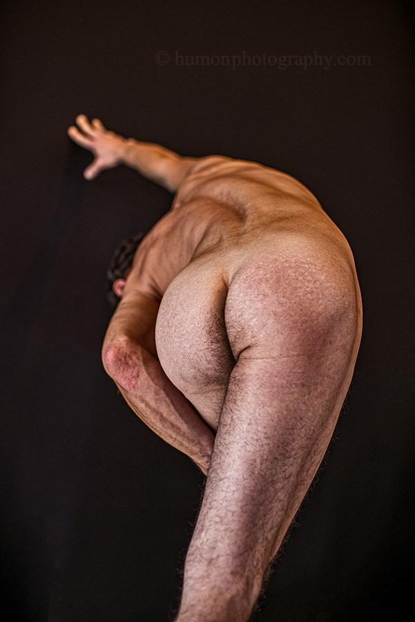 Artistic Nude Studio Lighting Photo by Photographer humon photography