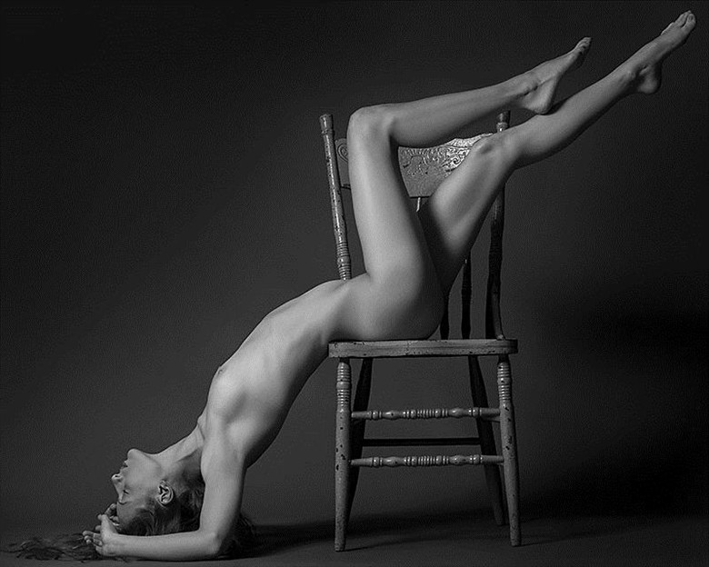 Artistic Nude Studio Lighting Photo by Photographer wsclesky