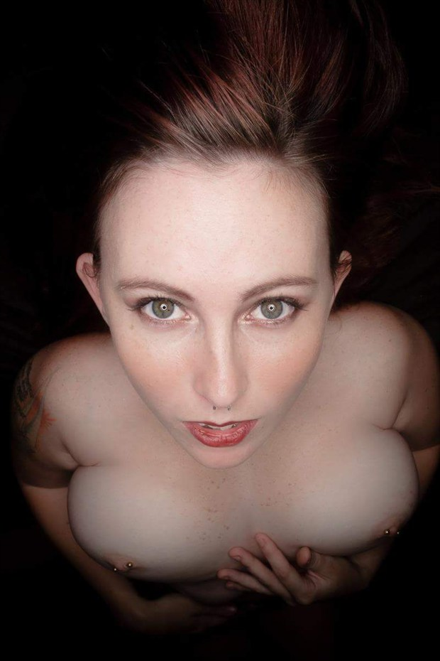 Artistic Nude Surreal Photo by Model xomaryhelenox