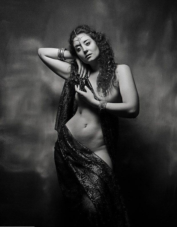 Artistic Nude Vintage Style Photo by Model Ella Rose Muse