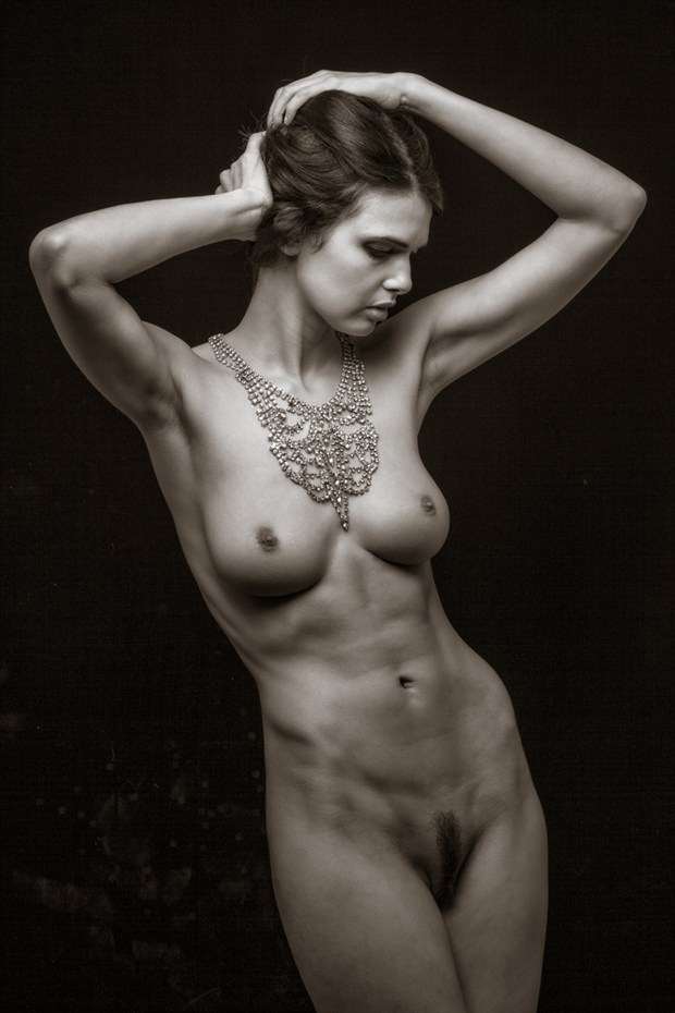 Artistic Nude Vintage Style Photo by Photographer MaxOperandi