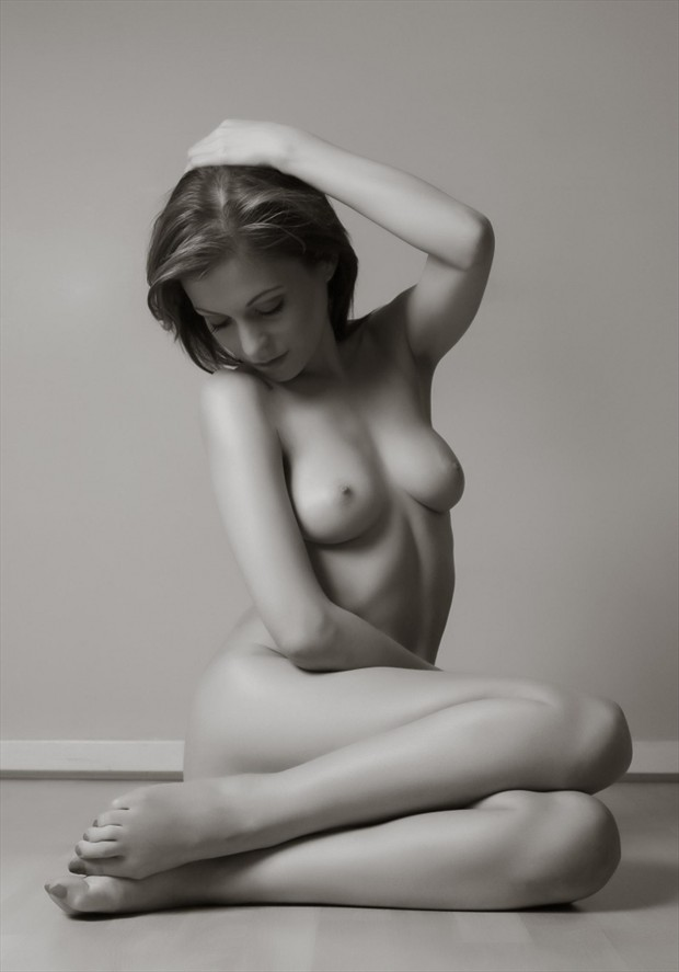 Artsistic nude in black and white Artistic Nude Photo by Model xdeex