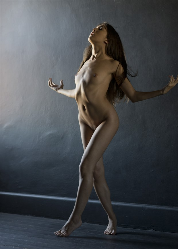 At Focus Artistic Nude Artwork by Photographer Alan H Bruce