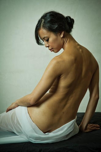Athena back Artistic Nude Photo by Photographer Cognito studios
